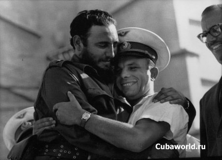 http://cubaworld.ru/uploads/posts/2010-01/thumbs/1263154532_castro_gagarin1961.jpg